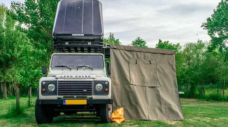 025 - Defender Lifestyle op de Bonnefooi. hier zie je de daktent en luifel die we hebben aangeschaft | Trendbubbles.nl