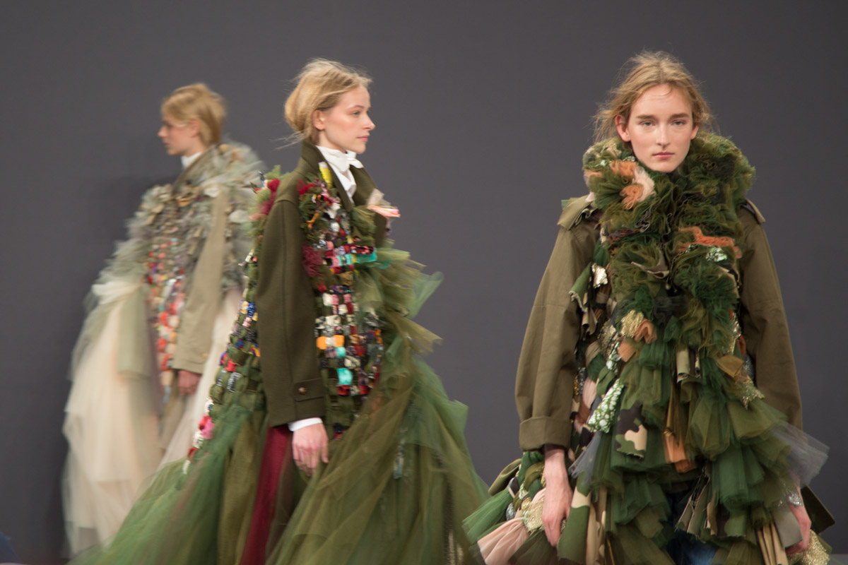 Viktor & Rolf 'Vagabonds' haute couture show in Parijs