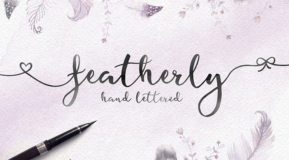 Handgeschreven lettertype featherly